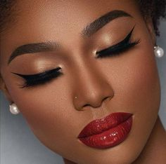 Makeup for black women Natural Makeup For Black Women BeautyTipsTricks black Makeup women Glam Makeup, Flawless Makeup, Girls Makeup, Gorgeous Makeup, Bridal Makeup, Eye Makeup, Makeup Style, Dark Skin Makeup, Makeup For Brown Eyes