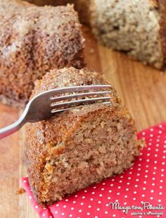 Banana Cake with Apple without Sugar, is the recipe today in Mango with .- Bolo Integral de Banana com Maçã sem Açúcar, é a receita de hoje no Manga c… Banana Cake with Apple without Sugar, is the … - Healthy Dishes, Healthy Sweets, Healthy Cooking, Healthy Recipes, Sweet Recipes, Cake Recipes, Recipe Today, Love Food, Vegetarian Food