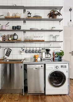 Alternative to separate laundry? Living Room And Kitchen Design, Diy Kitchen Decor, Interior Design Kitchen, Studio Kitchen, Kitchen Reno, Kitchen Appliances, Laundry Room Remodel, Cuisines Design, Sweet Home