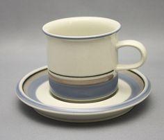 Arabia, kahvikuppi, Uhtua, Inkeri Leivo - 1970-luku Ice Cooler, Egg Holder, Scandinavian Design, Ceramic Art, Cup And Saucer, Finland, Coffee Cups, Tea Pots, Ceramics