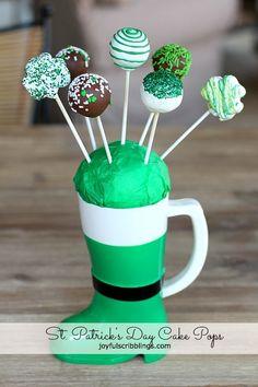 St. Patrick's Day Cake Pops @Joyfulscribblings Plus tips and tricks for making #cakepops for any event. (scheduled via http://www.tailwindapp.com?utm_source=pinterest&utm_medium=twpin&utm_content=post1223615&utm_campaign=scheduler_attribution)
