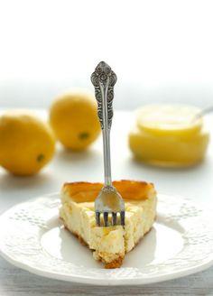Lemon Cheesecake More cake & cookie & baking inspiration: http://cake-stuff.tumblr.com/