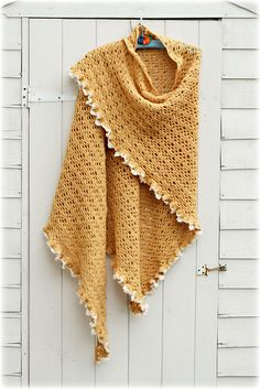 Ravelry: stripey-mooka's Triangle Shawl