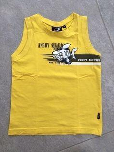 Mein Cooles Trägertop gelb mit Haifisch-Aufdruck / Gr. 104 / guter Zustand von Gato Negro! Größe 104 für 1,50 €. Schau´s dir an: http://www.mamikreisel.de/kleidung-fur-jungs/armellose-shirts-und-tops/34304113-cooles-tragertop-gelb-mit-haifisch-aufdruck-gr-104-guter-zustand.