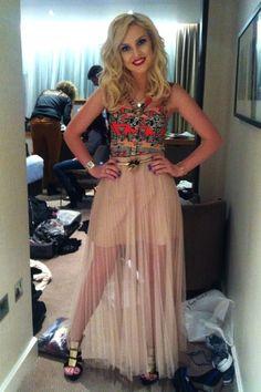 She is soo pretty! !!