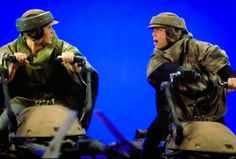 Luke teaches Leia how to drive Star Wars Cast, Star Wars Film, Saga, Le Retour Du Jedi, Lando Calrissian, Jabba The Hutt, Episode Iv, Original Trilogy, Mark Hamill