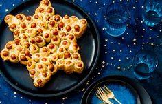 Kerstster van cocktailworstjes Finger Foods, Love Food, Macaroni And Cheese, Waffles, Food And Drink, Treats, Snacks, Dinner, Breakfast