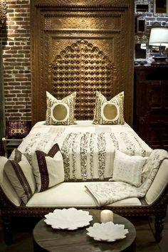 24 meilleures images du tableau t te de lit marocaine. Black Bedroom Furniture Sets. Home Design Ideas
