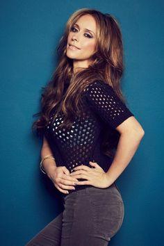 Jennifer Love Hewitt encourages curves in Womens Running - Hollywood Gossip | MovieHotties.com