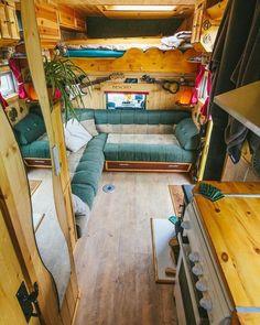 11 Best Campervan Furniture Ideas For Stunning Look - van life Bus Camper, Camper Life, Hippie Camper, Campers, Transit Camper, Camper Beds, Life Decisions, Van Life, Quitting Job