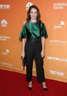 Kristin Davis High-Waisted Pants - Black trousers with rosette detailing completed Kristin Davis' outfit. Kristin Davis, Sarah Jessica Parker, Charlotte York, Black Trousers, Red Carpet Fashion, Actresses, Fashion Outfits, My Style, Celebrities