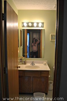 """In our last house, we had a very builder's grade, plain jane, boring """"vanilla"""" bathroom. It was our guest bathroom/kids bathroom and I wanted to do something fu…"""
