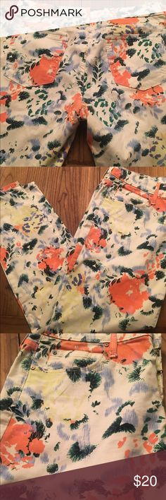 Gap 1969 Floral Jean Legging - SZ 31L Cute Floral Spring Pants in excellent preloved condition. See photo for waist measurement 🌻 GAP Jeans Skinny