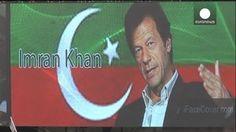 Imran Khan congrega una multitud en Karachi para pedir la dimisión del Primer ministro Nawaz Sharif
