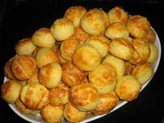 sütnijó! – Kipróbált sütemény receptek - Sajtos pogácsa Party Finger Foods, Pretzel Bites, Minion, Quiche, Recipies, Muffin, Hamburger, Food And Drink, Potatoes