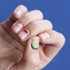 7 Cuticle Nail Art Ideas to Try Before Summer Is Over Chic Nail Art, Chic Nails, Really Short Nails, Subtle Nails, How To Cut Nails, Types Of Nails, Creative Nails, Nail Inspo, Nails Inspiration