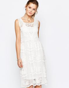 Lace dress cream jobs