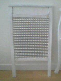 Annons på Tradera: Gammal tvättbräda vit mycket fin (går att göra om till hylla )