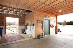 Horse was rack and tack room