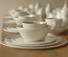 Thrown+porcelain+place+setting:+dinner+plate,+side+plate+and+bowl.+Optional+underplate+and+small+dessert+bowl.    +$125.90
