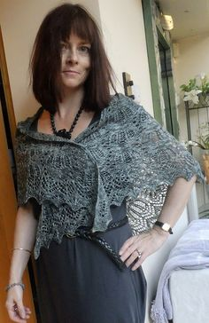 Ravelry. Pretty. Must. Find. More. Time.