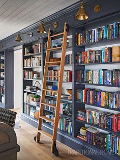 Want to create your own home library? If the answer is yes just check out our home library ideas. Here we listed 17 ideas to help you do just that Home Library Rooms, Home Library Design, Home Libraries, Home Design, Library Wall, Bookshelf Design, Bookshelves Built In, Design Desk, Homemade Bookshelves