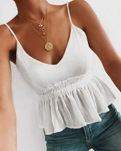16 Trendy Summer Outfits You Can Wear Day To Night - - Summer Outfits Women Trendy Summer Outfits, Cute Casual Outfits, Spring Outfits, Casual Summer Evening Outfit, Summer Night Outfits, Cute Night Outfits, Pretty Outfits, Outfit Ideas Summer, Summertime Outfits