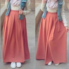 Hijab Fashion Summer, Modest Fashion Hijab, Modern Hijab Fashion, Hijab Fashion Inspiration, Islamic Fashion, Muslim Fashion, Look Fashion, Skirt Fashion, Fashion Dresses