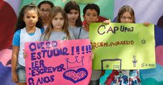 20150819 - Crianças do colégio de Aplicação vinculado à UFRJ (Universidade Federal do Rio de Janeiro) pedem o fim da greve, que dura mais de dois meses, em manifestação que contou com a presença dos pais. PICTURE: Domingos Peixoto / Agência O Globo