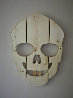 Saw-toothed skull Felt Squares, White Spirit, Hanging Plates, Miter Saw, Drill Press, Wood Pallets, About Me Blog, Skull, Glass