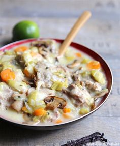 Blanquette of veal with vanilla - Ensalada Marisco Ideas Swiss Recipes, French Pastries, French Food, Winter Food, Cheeseburger Chowder, Slow Cooker, Vanilla, Food And Drink, Soup