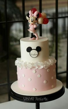 Pink Minnie Mouse Cake with Balloons by Sihirli Pastane