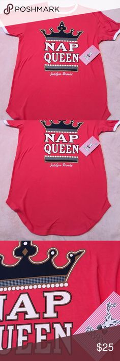 Jadelynn Brooke Nap Queen Sleep Shirt Small/Medium sleep shirt. Runs large but is supposed to fit larger. Never been worn! Jadelynn Brooke Intimates & Sleepwear Pajamas
