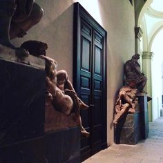 Una serata a Brera (1). #accademiadibrera #Milano  #arte #artifigurative #accademia #sculture #copie #art #figurativeart #academy #sculpture #copies  #conferenza #stagione2016 #musica #amici #conference #season2016 #music #friends #orchestraverdi  #igersitalia #igersmilano #whywelovemilano #loves_milano #milanodavedere #milano_go #milanoforever  #conlaverdipermilano #Ilaverdi by thegianaz