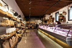 EL BOCON DEL PRETE food store by Filippo Remonato, Bassano del Grappa – Italy » Retail Design Blog