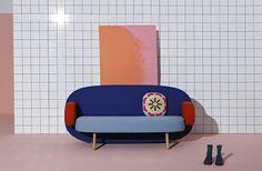 Karim Rashid cambia stile: i divani Float per Sancal Karim Rashid, New Furniture, Furniture Design, Geometric Furniture, Milan Furniture, Dubai Design Week, Memphis Design, Retail Interior, Sofa Design
