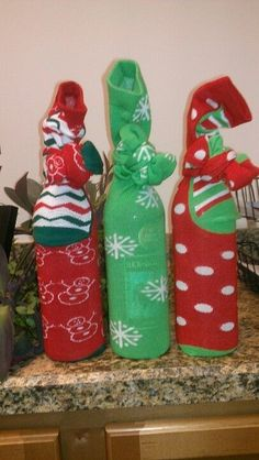 Wine Stockings | 20 + DIY Christmas Gifts for Teachers From Kids