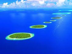 A natural wonder  of the world - Maldives