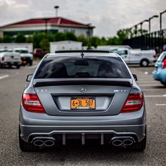 Mercedes-Benz C 63 AMG Edition 507 (Instagram @_lakeshow_)