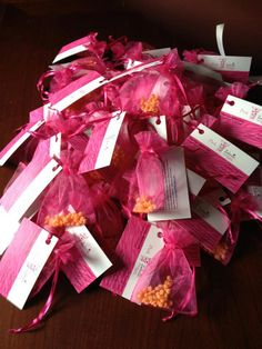 Great way to make samples for people! or little gifts for friends to test out pink zebra! Http://pinkzebrahome.com/kaylaganyo