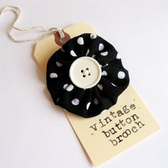 tag button: nice packaging idea. #jewellery