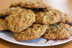 Easy, delicious and healthy Banana Oatmeal Chocolate Chip Cookies recipe from SparkRecipes. See our top-rated recipes for Banana Oatmeal Chocolate Chip Cookies. Dash Diet Recipes, Low Sodium Recipes, Banana Oatmeal Chocolate Chip Cookies, Oatmeal Cookies, Cookies Vegan, Healthy Cookies, Chocolate Chips, Breakfast Cookies, Breakfast Recipes