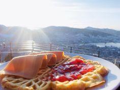 Bergen Fløyen: Bergen Sentrum til Brushytten via Tippetue Bergen, Norway, Breakfast, Food, Morning Coffee, Essen, Meals, Yemek, Eten
