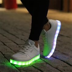 MaiDun 2016 Male Fashion LED Lumious Casual Shoes Glowing Light up Shoes Men