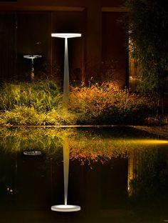 Inlite - Products - outdoor floor lamp Prandina - Equilibre-f Cove Lighting, Indirect Lighting, Linear Lighting, Outdoor Lighting, Plant Lighting, Led Exterior Wall Lights, Exterior Lighting, Outdoor Wall Lamps, Outdoor Light Fixtures