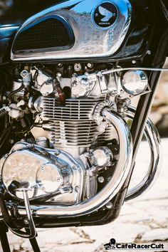 Honda Cb, Honda Bikes, Honda Motorcycles, Vintage Motorcycles, Motorcycle Engine, Cafe Racer Motorcycle, Cb 450, Cafe Racer Honda, Japanese Motorcycle