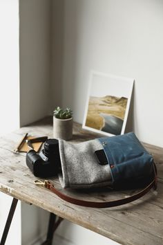 Perfect for people of all different photography styles, who demand a bag that is simple, functional, durable and beautiful in design.