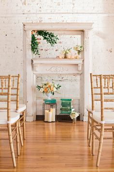 This #ceremony setup feels so fresh! Photo by Hudson Nichols Photography and style by LovelyGirls Events http://ruffledblog.com/peach-and-emerald-wedding-ideas/