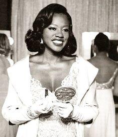 Viola Davis black and white african american actress women Black Power, My Black Is Beautiful, Beautiful People, Beautiful Pictures, Beautiful Eyes, Divas, Black Actresses, Blonde Actresses, Black Actors