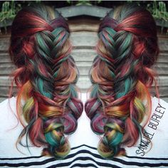 This is absolutely gorgeous.  I would love to have my hair like this #rainbowhair #braids.